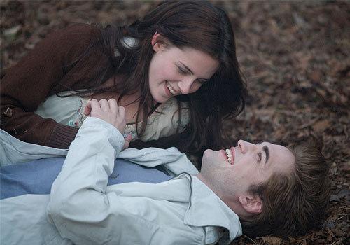 Twilight-twilight-movie-2910743-500-350